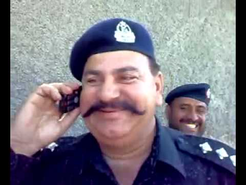 Amazing laughing of Quetta Police Officer