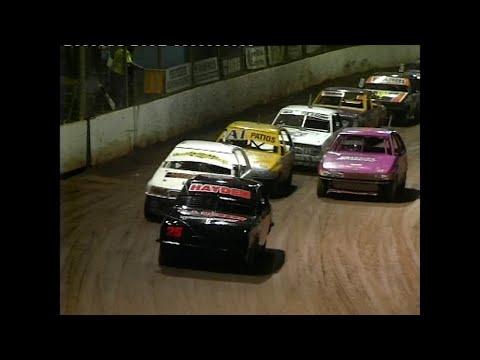 2006/07 National Junior Sedan Title (Night 2): Maryborough Speedway   30th December 2006 - dirt track racing video image