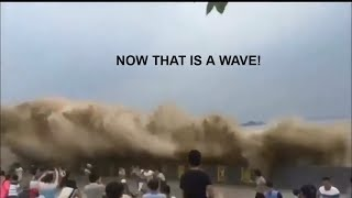 Big disasters caught on camera! Running from a natural disaster!