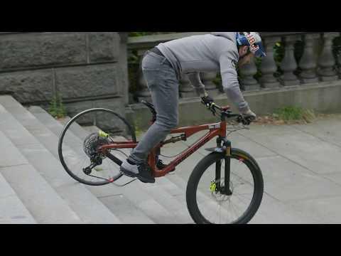 Danny MacAskill Tests Santa Cruz Reserve Carbon Wheels - UC-ZdOy00pTvliH3FtW_a_8g