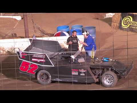 Perris Auto Speedway Figure 8 Main Event 9-11-21 - dirt track racing video image