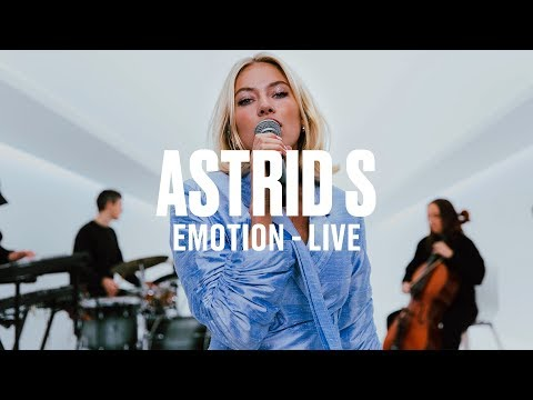 Astrid S - Emotion (Live) | Vevo DSCVR ARTISTS TO WATCH 2019 - UC-7BJPPk_oQGTED1XQA_DTw