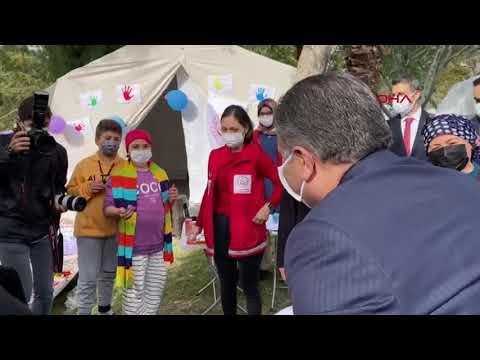 Sağlık Bakanı Koca, çadır kenti ziyaret etti