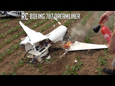 BRUTAL CRASH, The last flight of my new RC Boeing 787 - UCaLqj-d_p8iuUfda5398igA