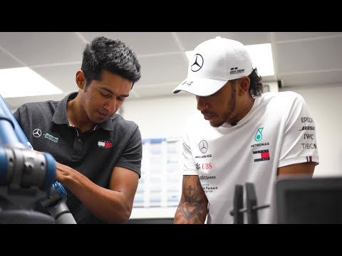 Lewis Meets the PETRONAS Motorsports Interns