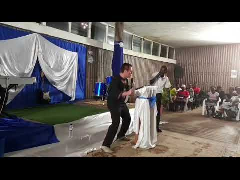 WORSHIP IN SPIRIT AND IN TRUTH - (MOZAMBIQUE REVIVAL) REV ROBERT CLANCY