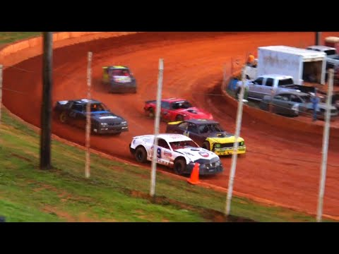 Stock V8 at Winder Barrow Speedway May 29th 2021 - dirt track racing video image