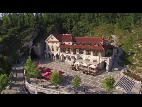 Park Postojnska jama, Slovenija - UC4_Oe_LYamMcnFnqudVGb5g