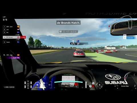 Gran Turismo Sport - 4K Multiplayer Race no PS4 Pro