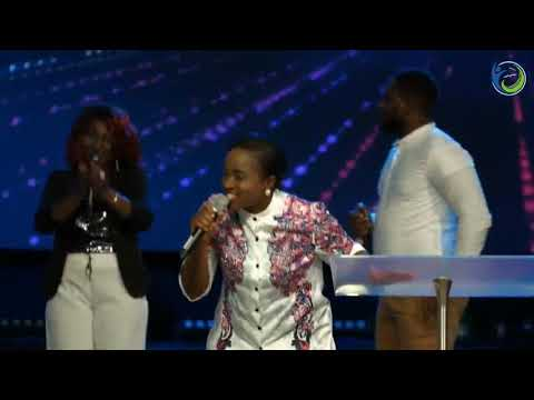 Amazing Praise with Kemisola and The Elevation Priests of Praise