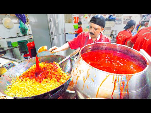 Street Food in Penang – MASSIVE $1.00 Indian Squid Noodles!!! + Oyster Omelette & Street Noodle Tour
