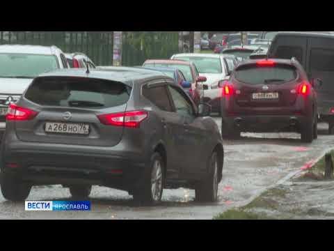Жители Яблоневого посада оказались заблокированы в микрорайоне из-за ремонта на Тутаевском шоссе