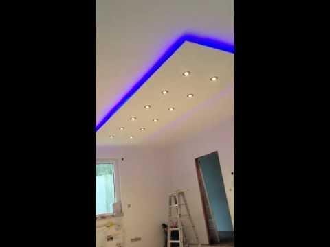 abgeh ngte decke indirkte beleuchtung led halogen spots. Black Bedroom Furniture Sets. Home Design Ideas