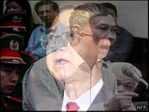 Nguyền Tấn Dũng đã bóp nghẹt quyền tự do ngôn luận ..wmv