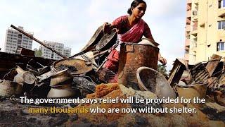 Slum fire leaves 50,000 homeless in Bangladesh