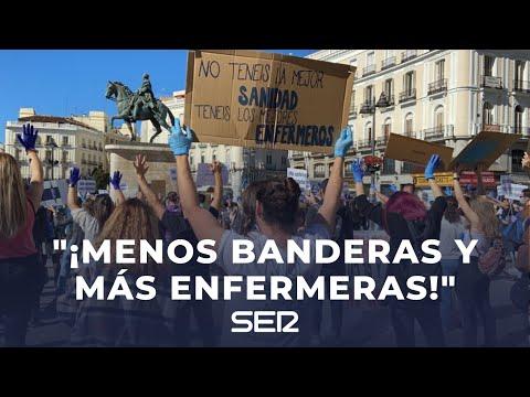 """""""Menos banderas y más enfermeras"""": el grito de los sanitarios en la Puerta del Sol"""