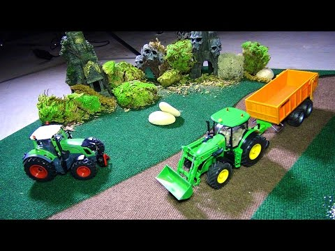 RC ADVENTURES - My 3yr old Son LOVES iT! Building an Indoor RC Play Area - Siku Toys - UCxcjVHL-2o3D6Q9esu05a1Q
