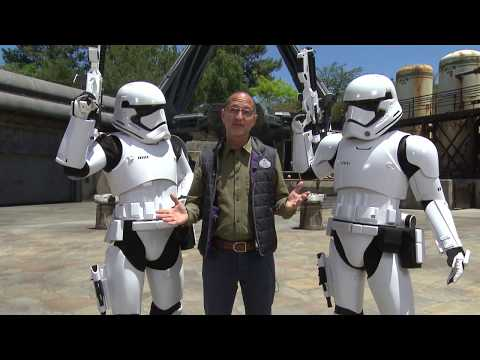 Welcome to Star Wars: Galaxy's Edge at Disneyland Resort | Expedia - UCGaOvAFinZ7BCN_FDmw74fQ