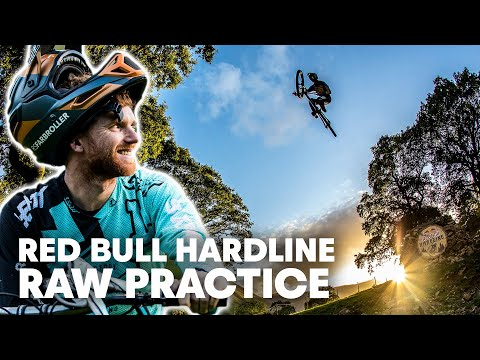 What Happens When The World's Wildest DH Riders Get Together | Red Bull Hardline 2019 - UCXqlds5f7B2OOs9vQuevl4A