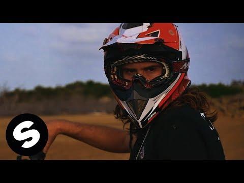 Bougenvilla - Utami (Official Music Video) - UCpDJl2EmP7Oh90Vylx0dZtA