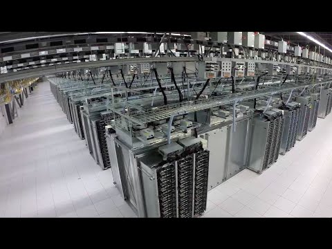 Inside a Google data center - UCBmwzQnSoj9b6HzNmFrg_yw