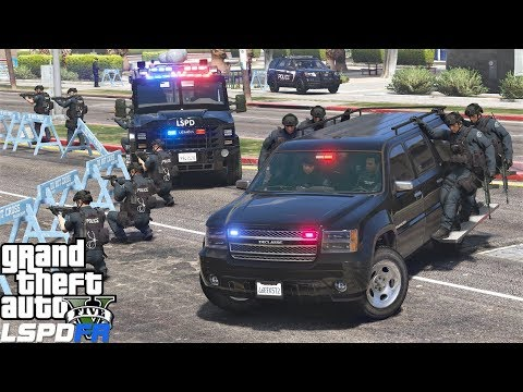 GTA 5 LSPDFR 0.4.1 #715 SWAT Responding To Police Station Attack While Hanging On The Side Of Trucks - default