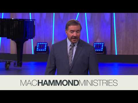 The Simple Life, Miracles, Part 1 Moment - Mac Hammond