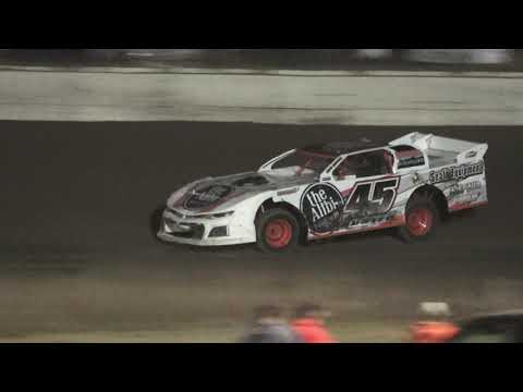 Pro Class Saturday Night Special at Mid Michigan Raceway Park, Michigan on 10-01-2021!! - dirt track racing video image