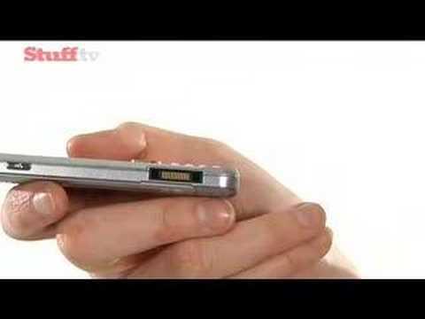 Sony Ericsson W890 - hands on video review from stuff.tv - UCQBX4JrB_BAlNjiEwo1hZ9Q