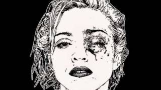 Crystal Castles - She Fell Out (Audio)