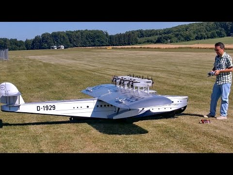 DORNIER DO-X FLYING BOAT GIGANTIC RC MODEL AIRCRAFT PRESENTATION / RC Airliner Meeting Airshow 2015 - default