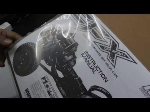 Exclusive First Look: MST 1/10 CFX Unboxing - UCflWqtsSSiouOGhUabhKTYA