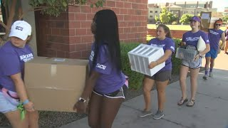 Grand Canyon University students move in for new school year