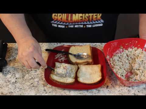 Mackerel Fish Sandwiches!   Good stuff! - UCjlgDApB1OrU_3-1dLMHOZg