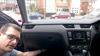 Sostituzione filtro aria abitacolo Skoda Octavia 3