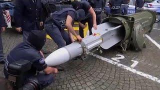 La police italienne saisi un arsenal de guerre chez groupes d'extrême droite