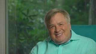 Moderates Fly Kamikaze Mission In Debate! Dick Morris TV: Lunch ALERT!