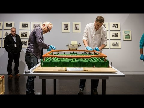 Adam Savage's Overlook Maze Model at the Stanley Kubrick Exhibition! - UCiDJtJKMICpb9B1qf7qjEOA