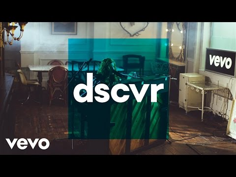 Frances - The Last Word (Live) – dscvr ONES TO WATCH 2016 - UC-7BJPPk_oQGTED1XQA_DTw