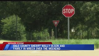 Sheriff caught in accident