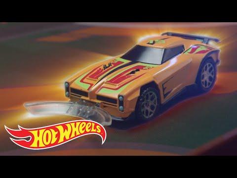 Hot Wheels ROCKET LEAGUE Rivals RC Set | Hot Wheels
