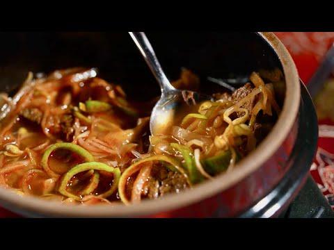 Очень вкусный корейский ЮККЕДЯН! Сталик Ханкишиев РенТВ и Пак Чжун МокдаТВ готовят вместе!
