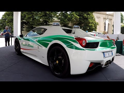 "The Italian Police have a Ferrari 458 Spider Police Car""! [Sub ENG]"