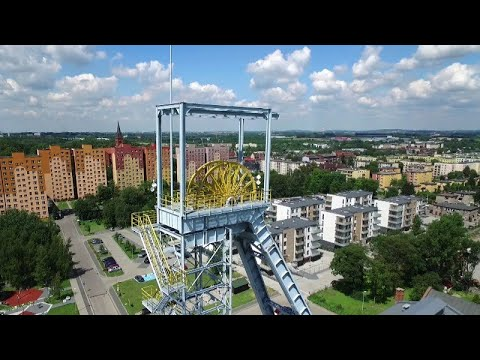 Wieża szybu Krystyn: Park Tradycji w Siemianowicach z powietrza