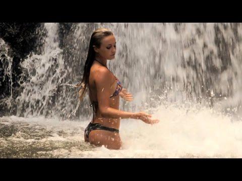 Exploring Kauai's Wild Coastline: Alana Surfer Girl Ep 103 - UCfNAMNoNxYWk-CccrE3Qkaw