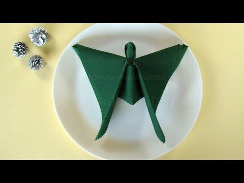 Servietten falten Weihnachten: Engel falten als Weihnachtsdeko zum selber machen