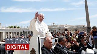 El papa Francisco dicta nuevas reglas para reportar abusos sexuales de obispos y sacerdotes