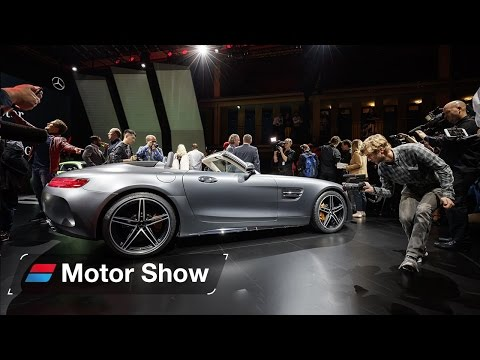 Mercedes-AMG GT Roadster Revealed at Paris Motor Show - First Look