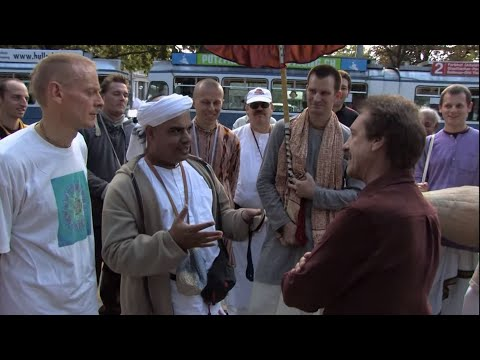 Christian vs. HUGE Group of Hare Krishnas!  Way of the Master: Season 4, Ep. 46