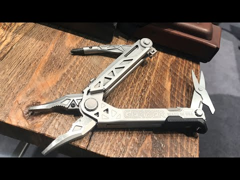 Updated Gerber Center-Drive PLUS: Added some Scissors  & SWEET Leather Sheath